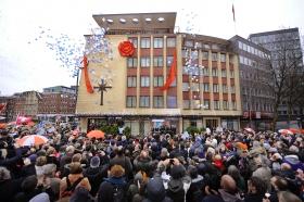 Den 21. januar 2012 feiret Scientologikirken i Hamburg åpningen av sin fullstendig renoverte bygning på Domstrasse 9 i Altstadt, midt i Hamburgs historiske bydel.