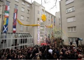 Den 23. januar 2010 møtte dignitarer fra hele Europa opp sammen med nesten 1000 scientologer og gjester, ved åpningen av Scientologikirkene i Europa, Brussel avdelingen.