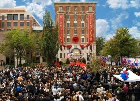 Den 31. oktober 2009 deltok tre tusen scientologer og gjester i innvielsen og åpningen av den nye Founding Church. Bygningen var fullt ut restaurert som et av Washingtons fremmeste historiske steder.