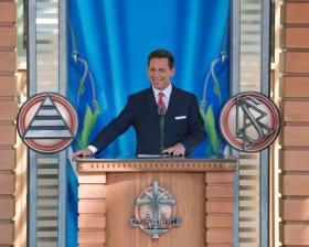 David Miscavige, styreformann i Religious Technology senter og Scientologi religionens kirkelige leder, sto for innvielsen og åpningen av Scientologikirken i Malmø, 4. april 2009.